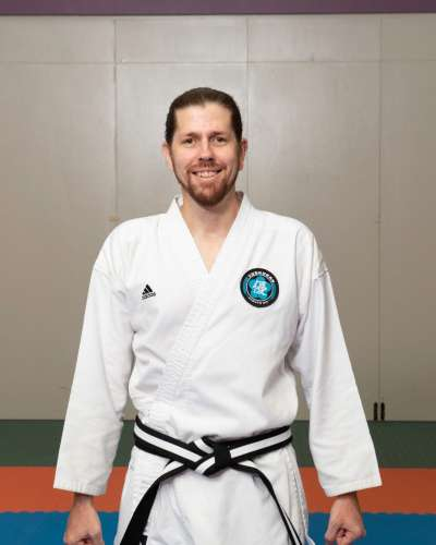 Luke-instructor-image-400x500